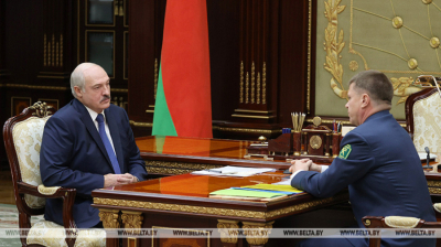Lukashenko discussed with the Head of the State Customs Committee the situation at the customs and the reorientation of Belarusian cargoes